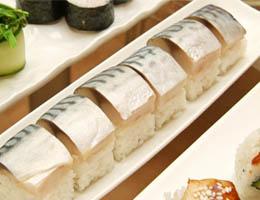 Готовим прессованные суши со скумбрией